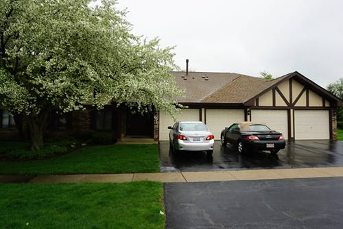 676 W Cross Creek Unit B2, Roselle, IL 60172