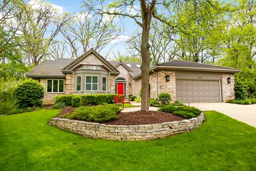 104 Creekside, St. Charles, IL 60174
