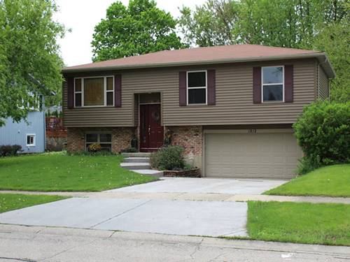 1912 Moore, St. Charles, IL 60174