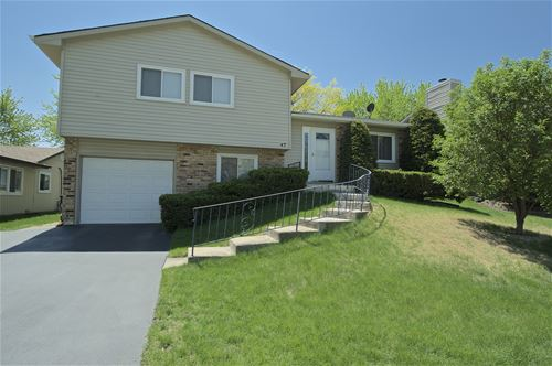 47 W Wrightwood, Glendale Heights, IL 60139