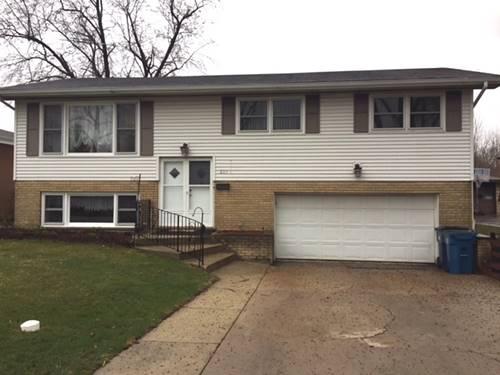 237 W Lake Park, Addison, IL 60101