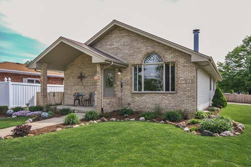3045 Crescenzo, South Chicago Heights, IL 60411
