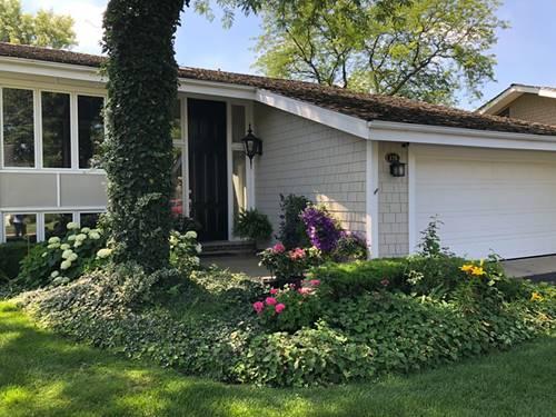 126 Briarwood, Oak Brook, IL 60523