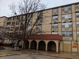 4351 W 76th Unit 302, Chicago, IL 60652