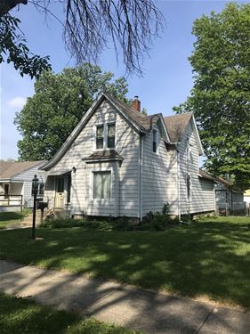 940 S 7th, Kankakee, IL 60901
