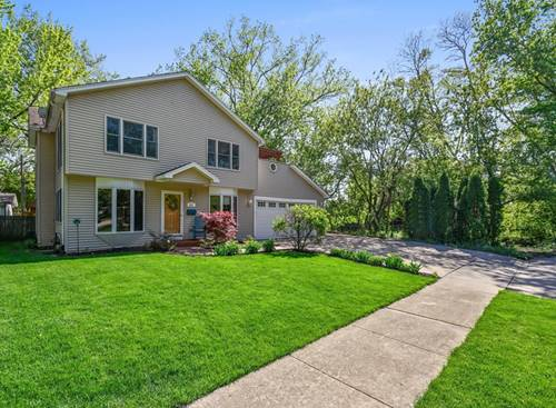 917 Spring, St. Charles, IL 60174