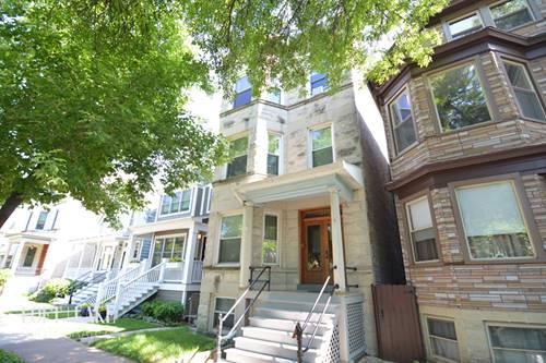 1839 W Warner Unit 3, Chicago, IL 60613 North Center