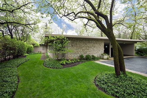 970 Brittany, Highland Park, IL 60035