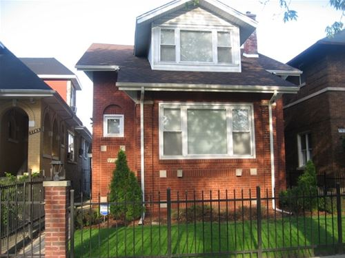 7747 S Bennett, Chicago, IL 60649