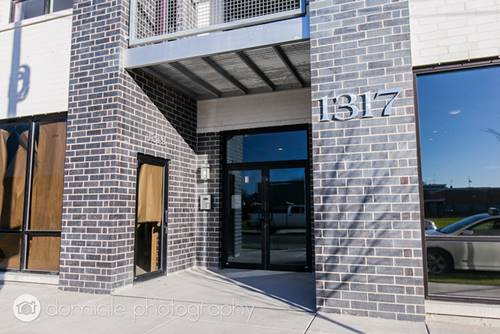 1317 N Larrabee Unit 404, Chicago, IL 60610