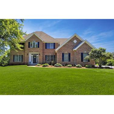 3516 Royal Woods, Crystal Lake, IL 60014