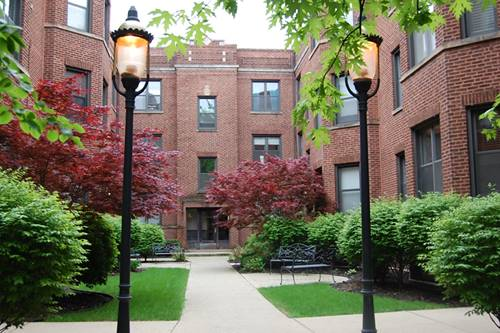 905 W Cornelia Unit 3W, Chicago, IL 60657 Lakeview