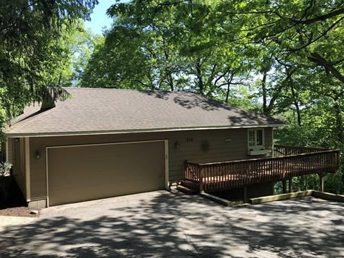 808 Ridgeland, Fox River Grove, IL 60021