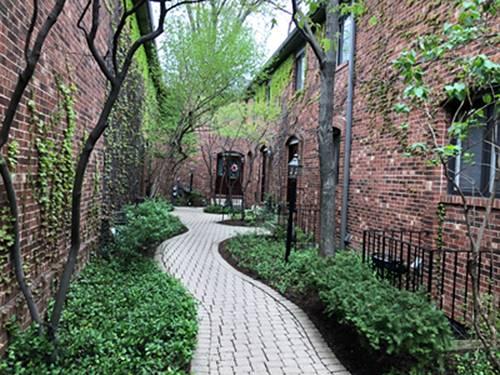 1900 N Larrabee, Chicago, IL 60614 Lincoln Park