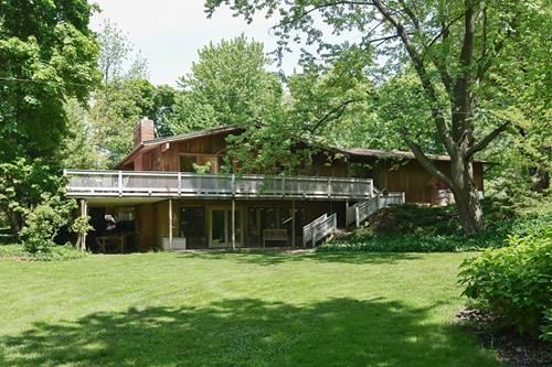 21001 W Lakeview, Mundelein, IL 60060