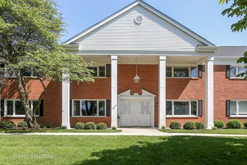 804 Chanticleer, Hinsdale, IL 60521