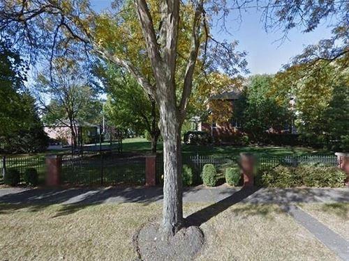 528 S Fairview, Park Ridge, IL 60068