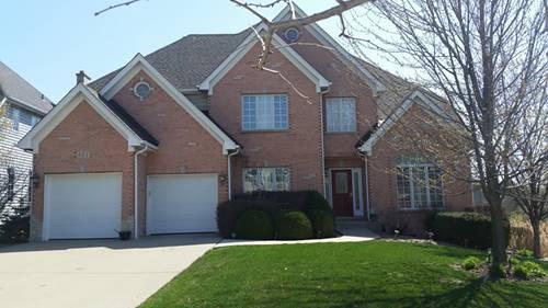 821 Megan, Westmont, IL 60559