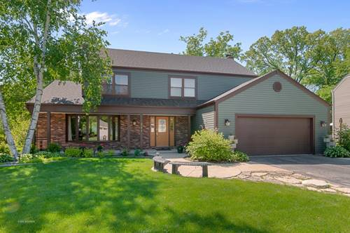 241 Chasse, St. Charles, IL 60174