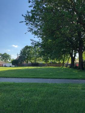8112 S Lockwood, Burbank, IL 60459