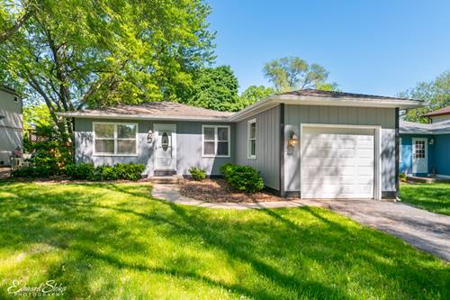 63 Barberry, Crystal Lake, IL 60014