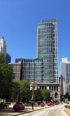 130 N Garland Unit 2409, Chicago, IL 60602 Loop
