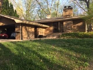838 Greenwood, Carpentersville, IL 60110