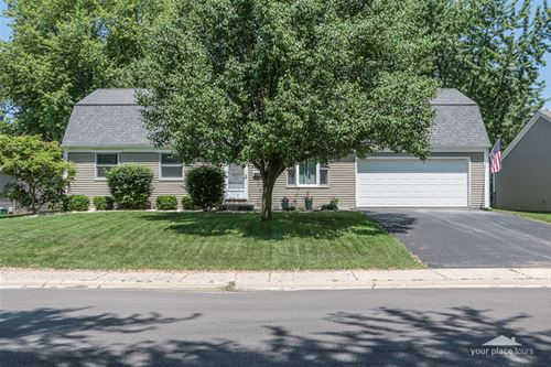124 Circle Drive West, Montgomery, IL 60538