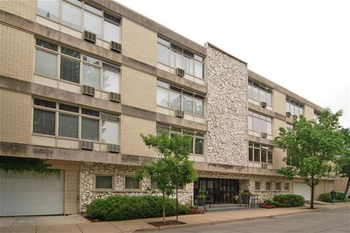 222 N Marion Unit 1B, Oak Park, IL 60302