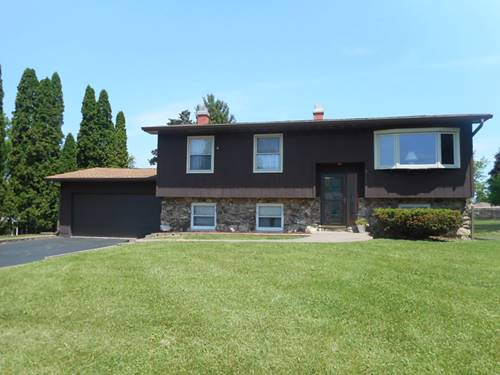 3102 Green Meadow, Cary, IL 60013