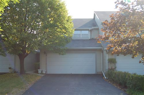39 White Pine Unit 39, Schaumburg, IL 60193