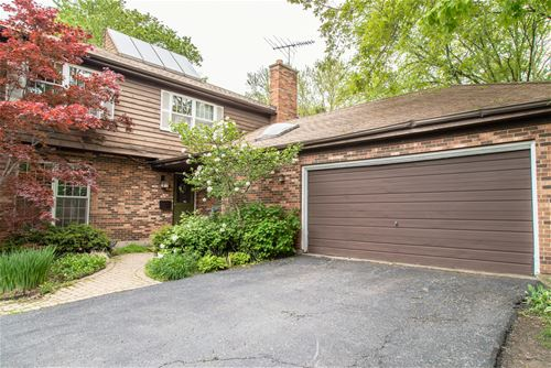 2008 Hollywood, Wilmette, IL 60091