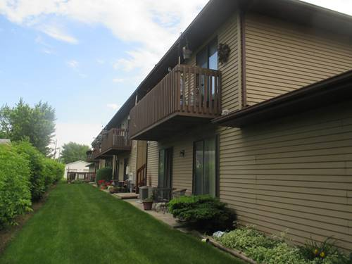 555 Central Unit H, Woodstock, IL 60098