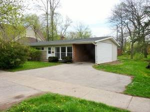 625 Dundee, Northbrook, IL 60062