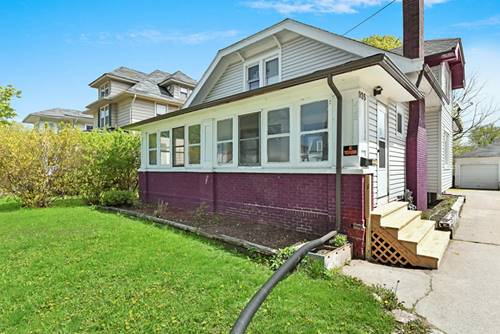 935 North, Waukegan, IL 60085