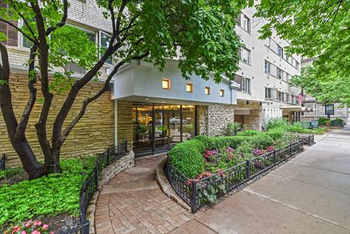 426 W Barry Unit 406, Chicago, IL 60657 Lakeview