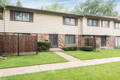 7330 Winthrop Unit 8, Downers Grove, IL 60516