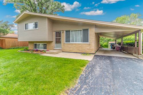 220 Pinecroft, Roselle, IL 60172