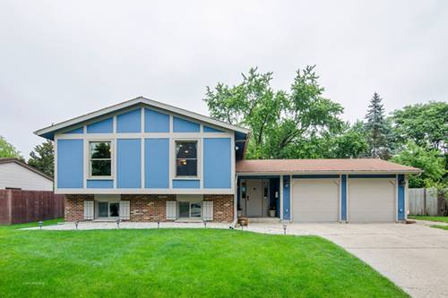 214 Dartmoor, Crystal Lake, IL 60014