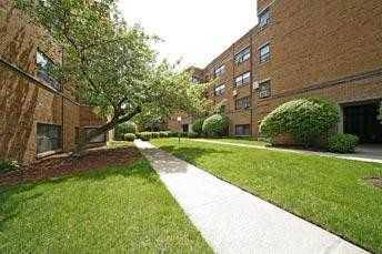 7357 N Sheridan Unit 2S, Chicago, IL 60626