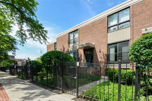 832 S Laflin, Chicago, IL 60607