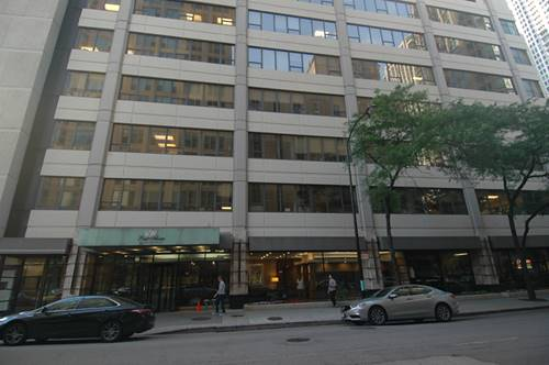 30 E Huron Unit 3605, Chicago, IL 60611 River North