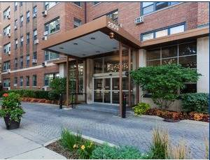 2909 N Sheridan Unit 1201, Chicago, IL 60657 Lakeview