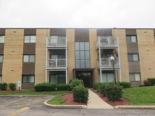674 Pinecrest Unit 303, Prospect Heights, IL 60070
