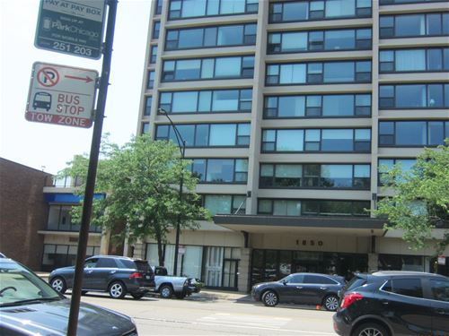 1850 N Clark Unit 901, Chicago, IL 60614 Lincoln Park
