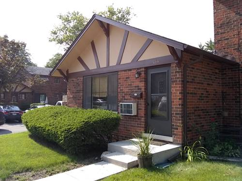 18W064 Lowell, Villa Park, IL 60181