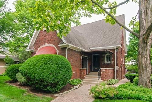 252 Olmsted, Riverside, IL 60546