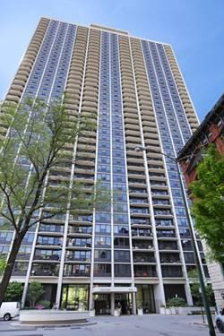 1560 N Sandburg Unit 1811, Chicago, IL 60610 Old Town