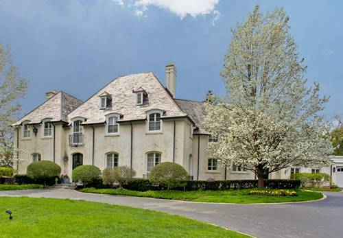 380 King Muir, Lake Forest, IL 60045
