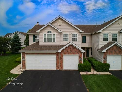 7356 Grandview, Carpentersville, IL 60110